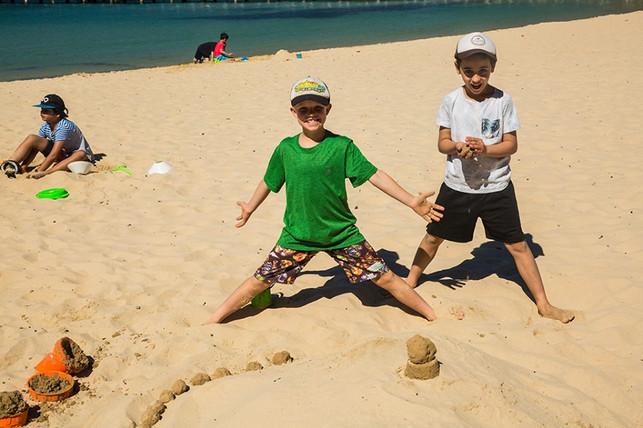 Sand castles 06.jpg