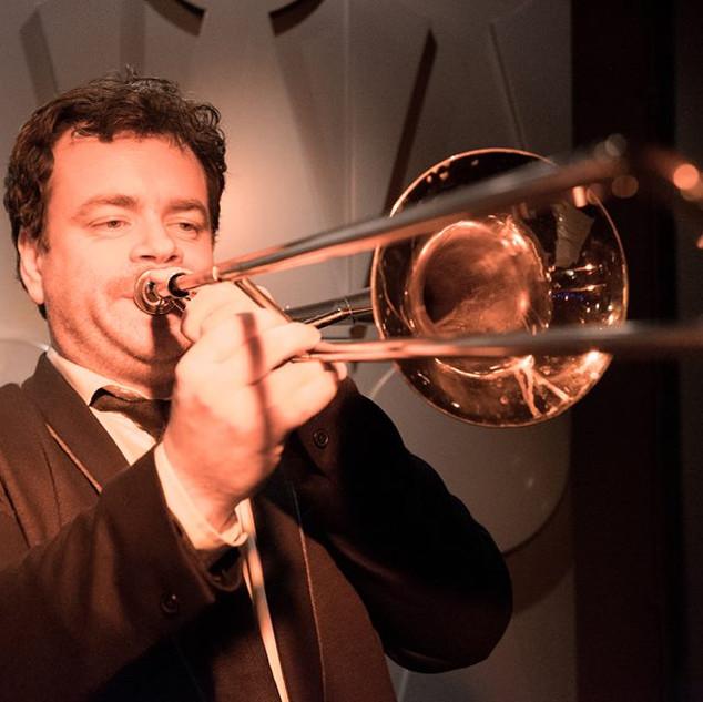 Dan trombone