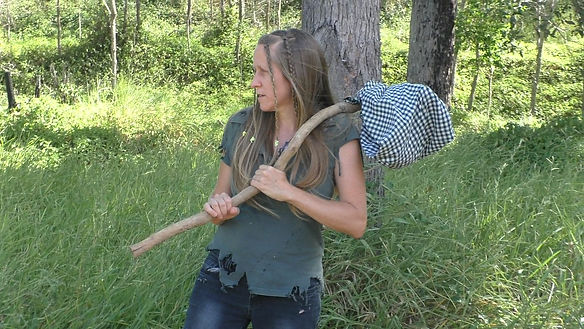 Ohroara is producer and actress in the Aussie bush