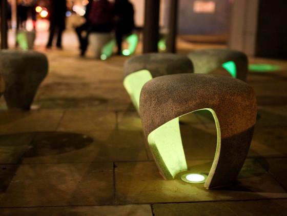 elegant-streetwalk-chair-green-lamp.jpg