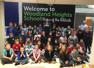 Woodland Heights Elementary School Donates to the Colonial Theater Project