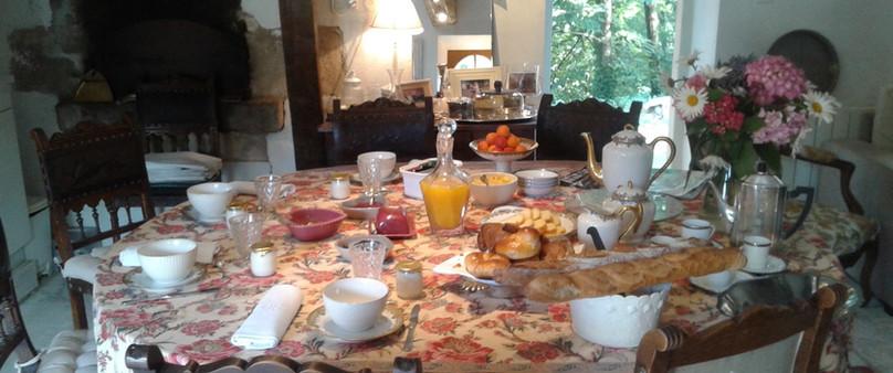 Petit déjeuner du Domaine