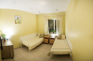 уютный двухместный номер для престарелых людей в пансионате Горизонт в Екатеринбурге