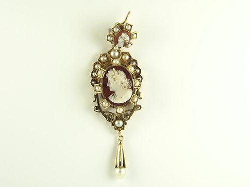 Gold Cameo and seed pearl Pendant.