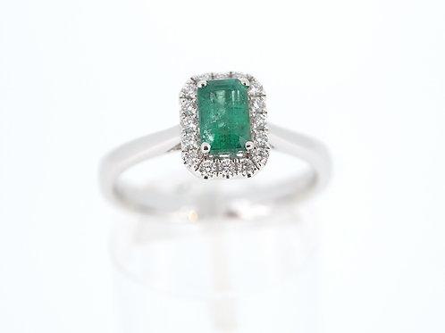 Emerald and diamond rectangular cluster ring