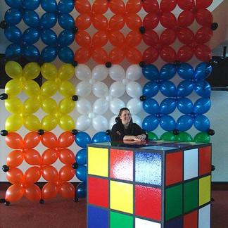rubics cube balloon wall