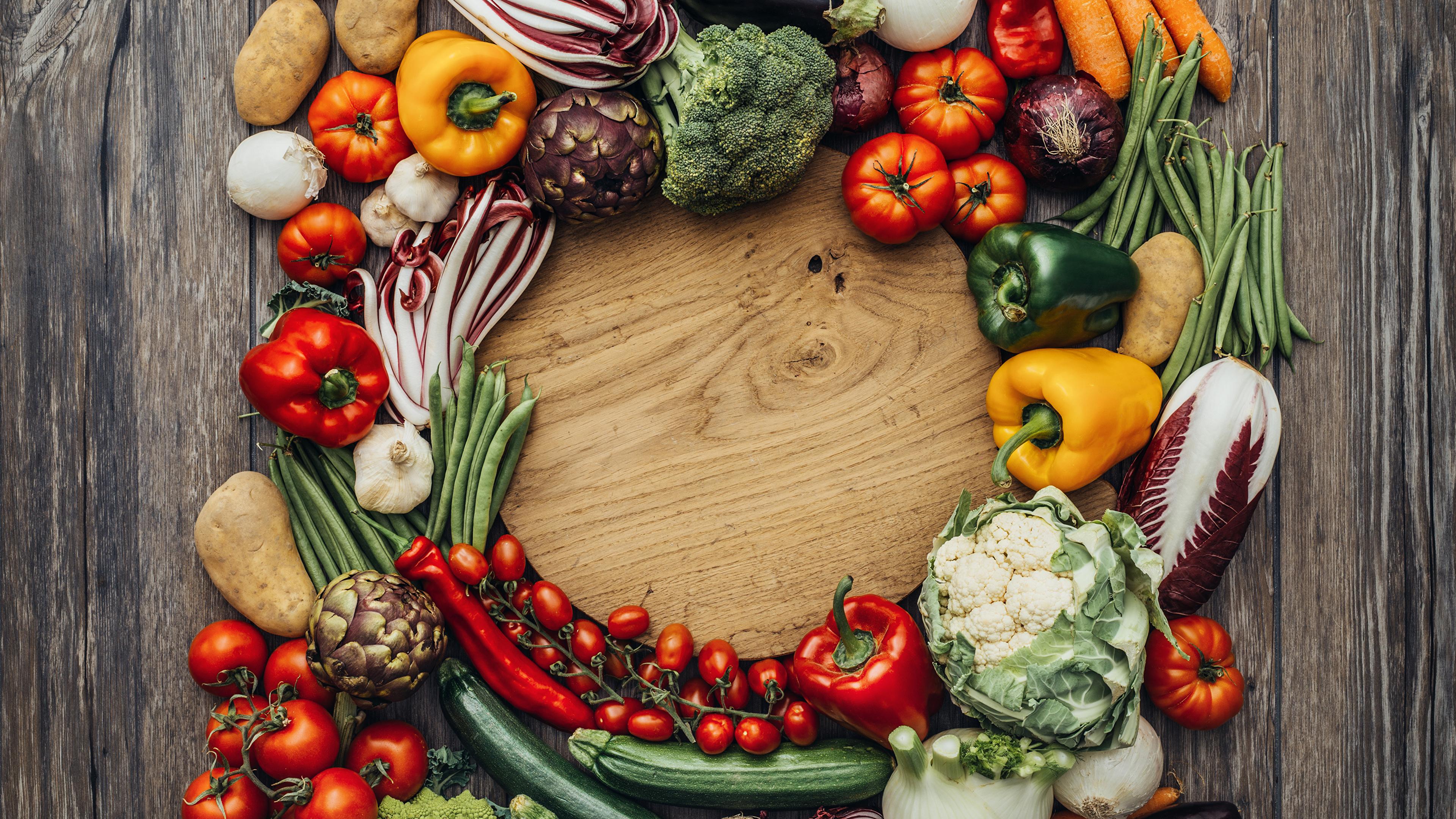Vegetables_Pepper_Tomatoes_Onion_Potato_