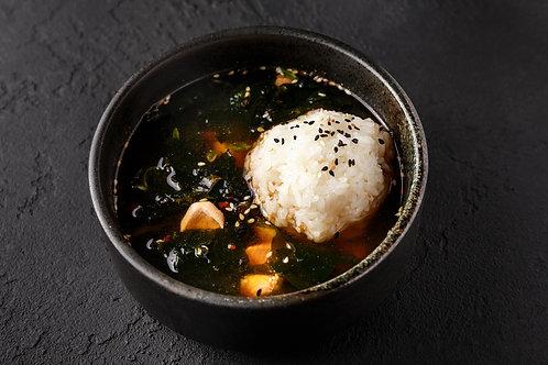 Клеро-суп с лососем и креветками и рисом