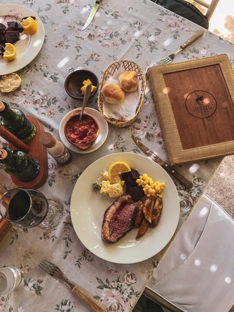 ¡Viña y Restaurant Corral Victoria, tradición chilena!