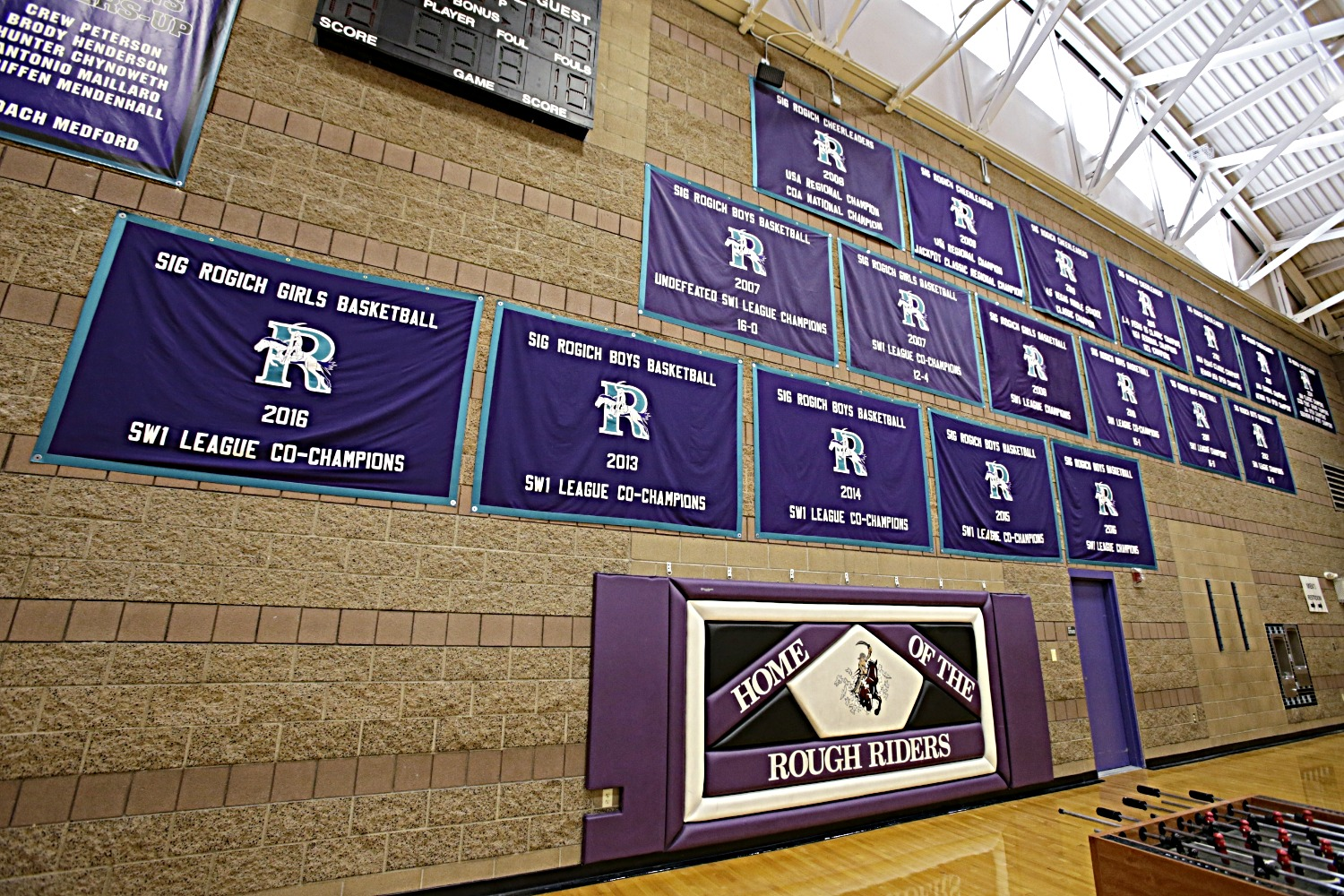 BannersVHC171023212_Rogich_Middle_School
