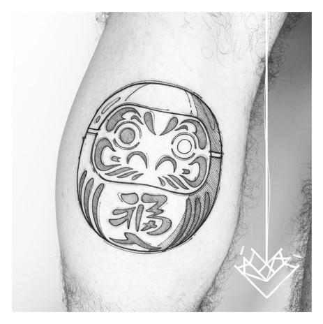 Daruma Kmín Tattoo