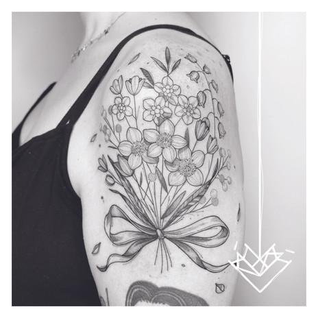 Ramo floral Kmín Tattoo