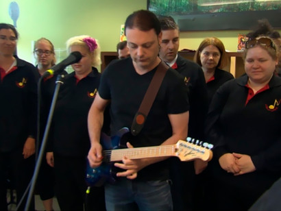 MITM GIVES GIFT OF MUSIC TO MONTREAL HOSPITAL