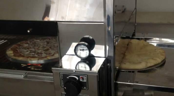 2 Pizzas Pre e calabresa
