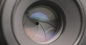 professional-camera-lens-6X9DWUR.jpg