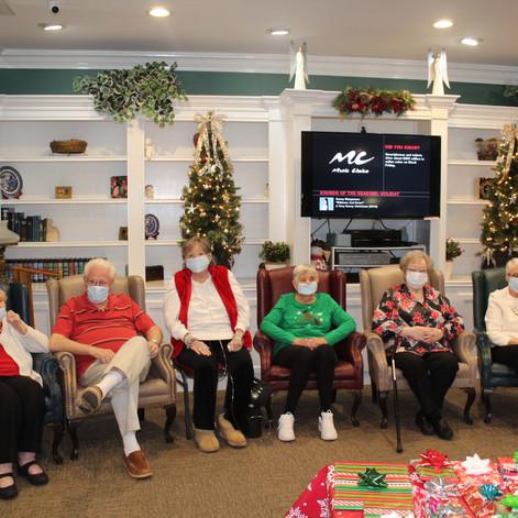Kimberly Christmas 2020 02.jpg