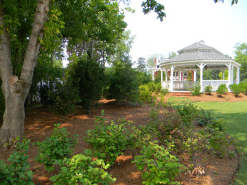 Gazebo_Trailhead_035.jpg