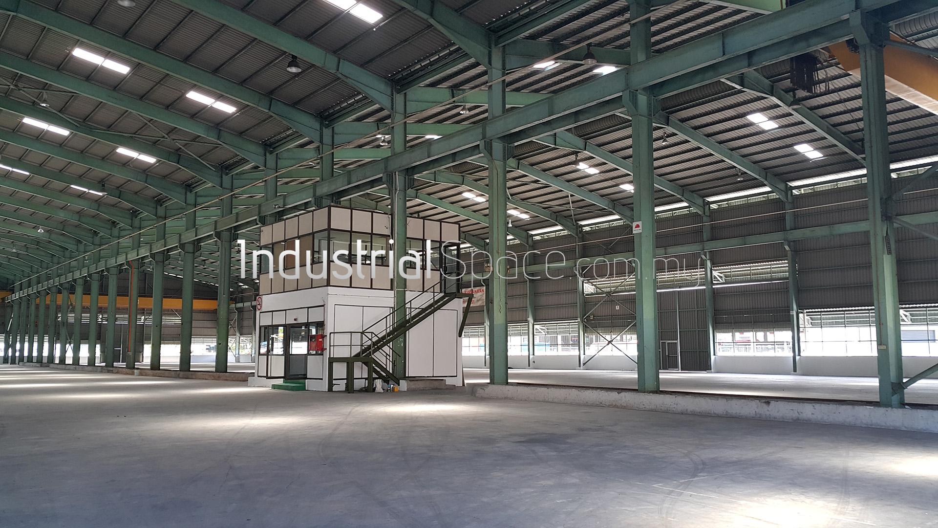 Warehouse for rent Seksyen 26 (2)