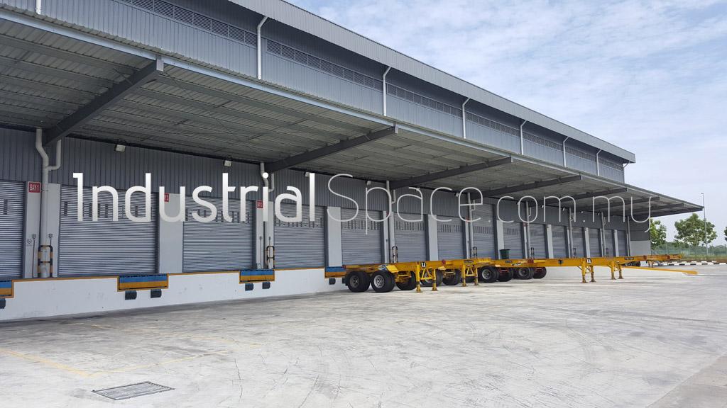 Hybrid Warehouse Space