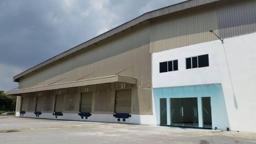 Bukit Jelutong warehouse (2)