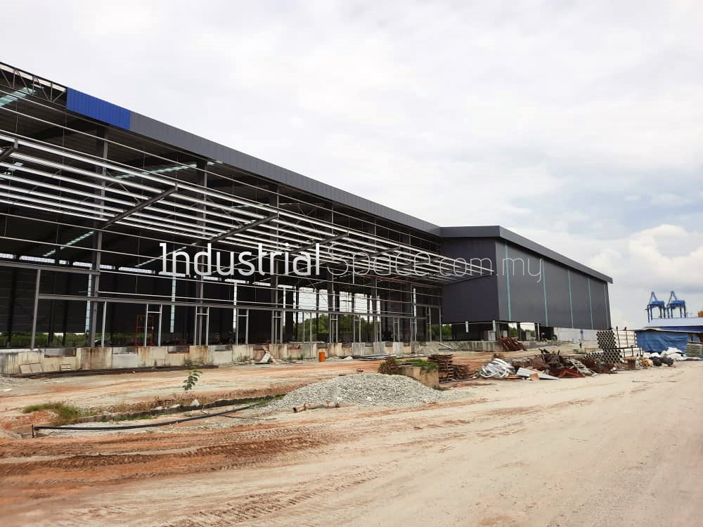 Warehouse For Rent in PKFZ