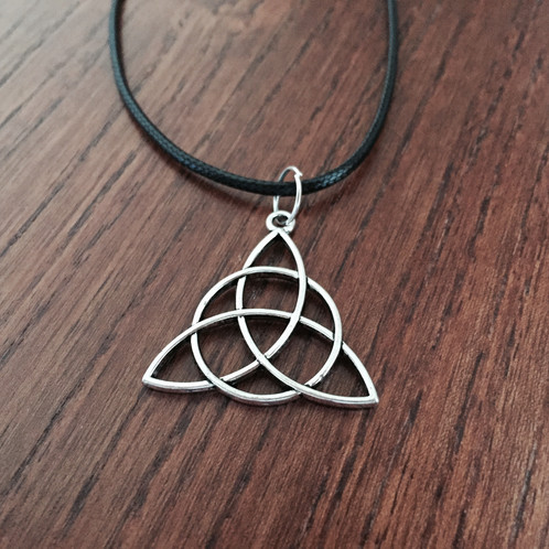 Triquetra necklace mozeypictures