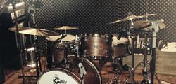 Grätsch Drums waiting..