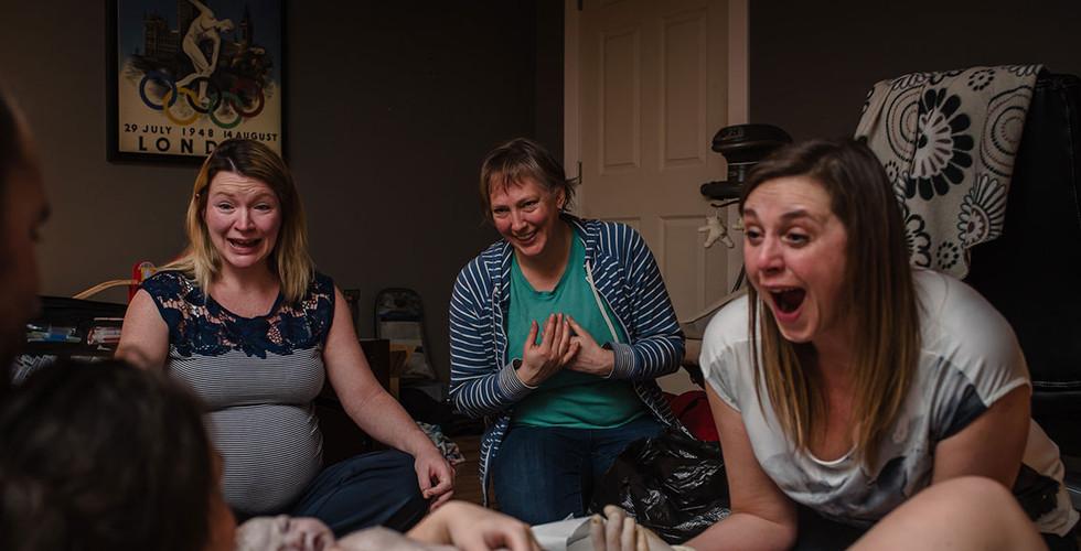 newborn skin to skin at homebirth
