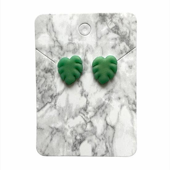 Jade green leaf studs (Large)