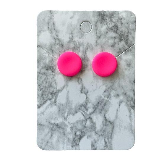 Neon pink studs (Medium)