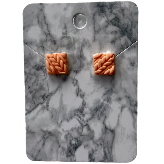 Peach knitted studs (Small)