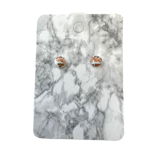 White and copper studs (Micro)