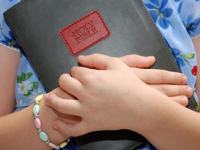 Fun Ways to Memorize Scripture As a Family