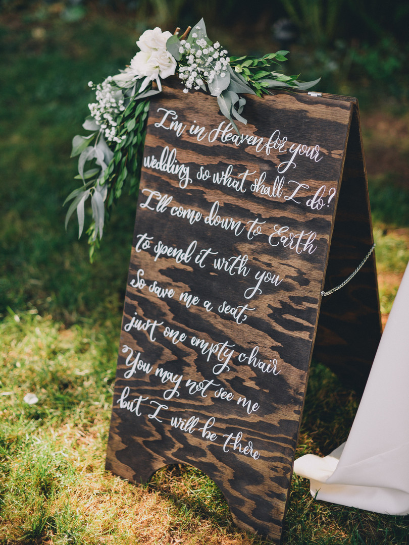 The bride made all of these gorgeous signs!
