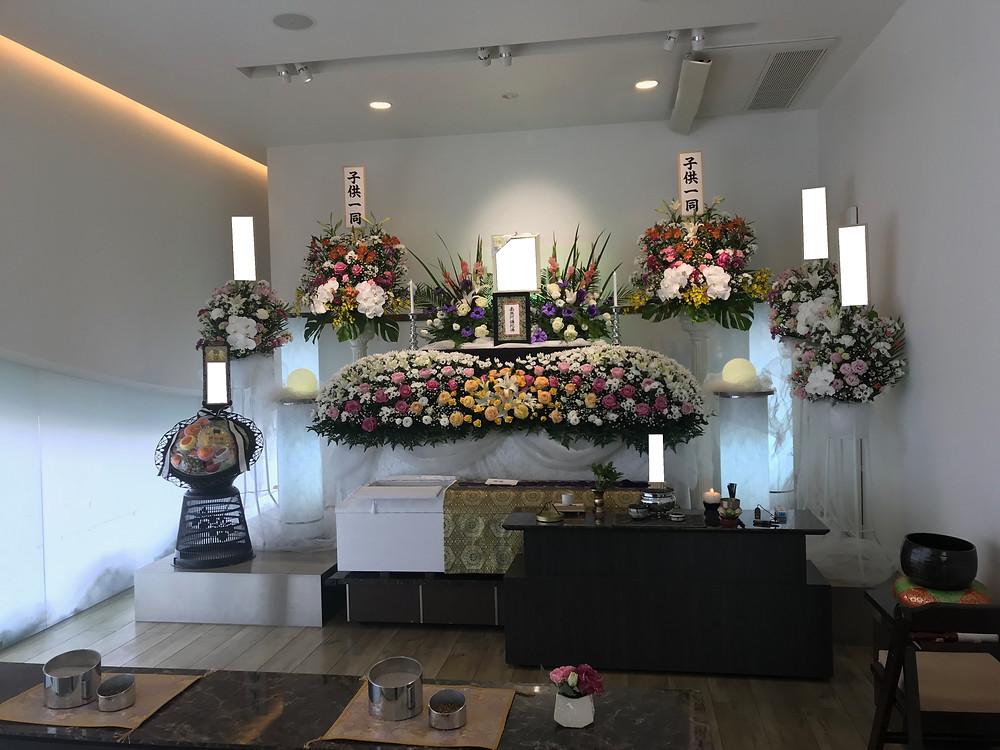家族葬 花*花 武庫之荘ホール