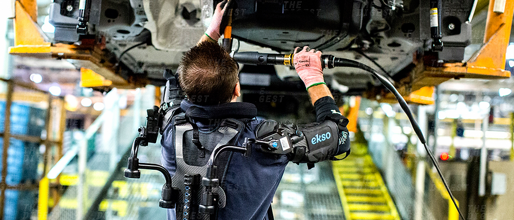 ford-factory-exoskeleton.png