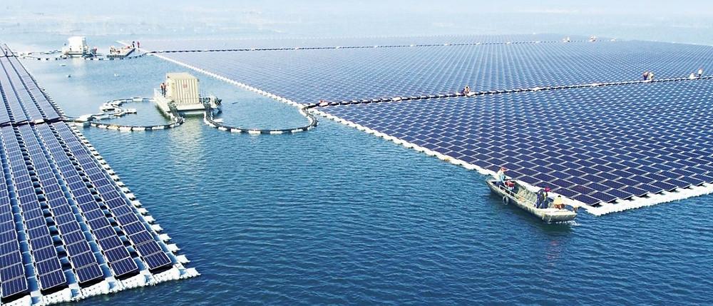 sungrow-power-floating-solar-plant-huainan-china-designboom-05-25-2017-fullheader-1400x600