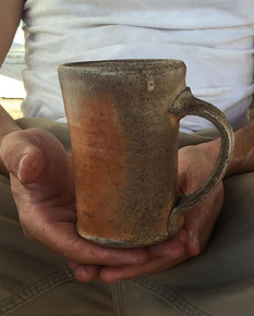 _pclementsart holding my work!!!#pottery