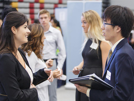 13 Questions to Ask at a Career Fair