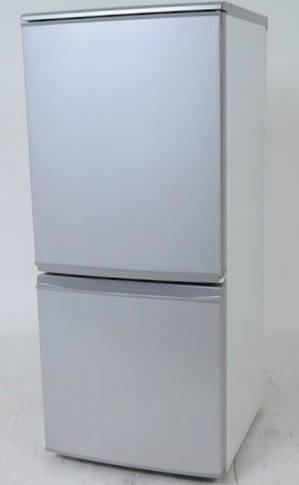 1Fキッチンの冷蔵庫