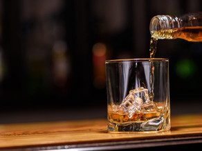 Det har kommit att bli en norm att inta alkohol när helgen anländer.