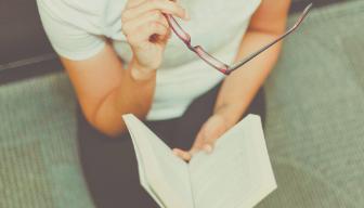 Fly in i böckernas värld - 7 böcker att läsa under karantän.
