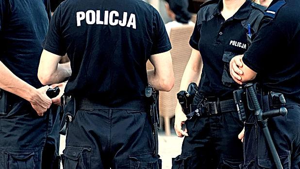 Police patrol in Wroclaw, Poland.jpg