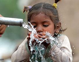 drinkingwater_afp.jpg