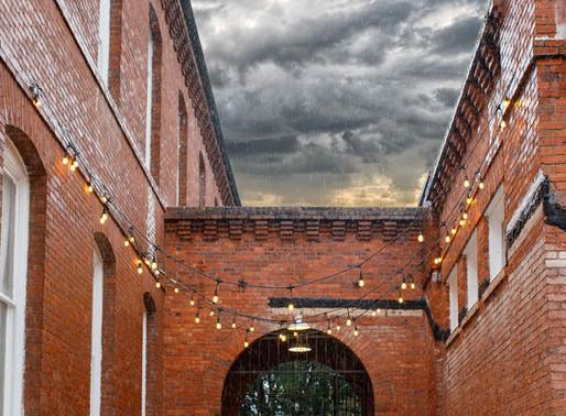 Florida Wedding: Yes, you need a rain plan!
