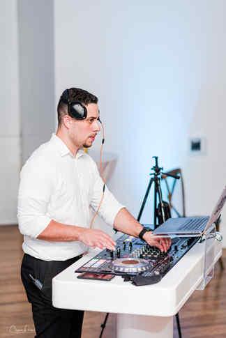 Hey Mr DJ Venue 1902  Chynna Pach