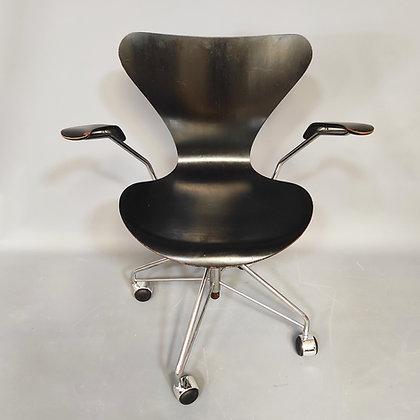 Fauteuil de bureau de Arne Jacobsen, 1958.