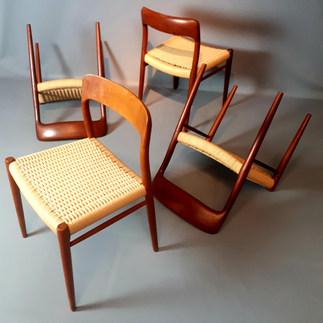 Chaises de Niels Moller, modèle 75, 1954.