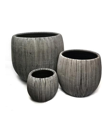Grey stripes pot