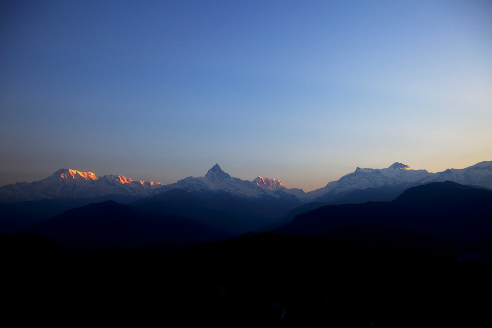 Sunrise over Fishtail peak